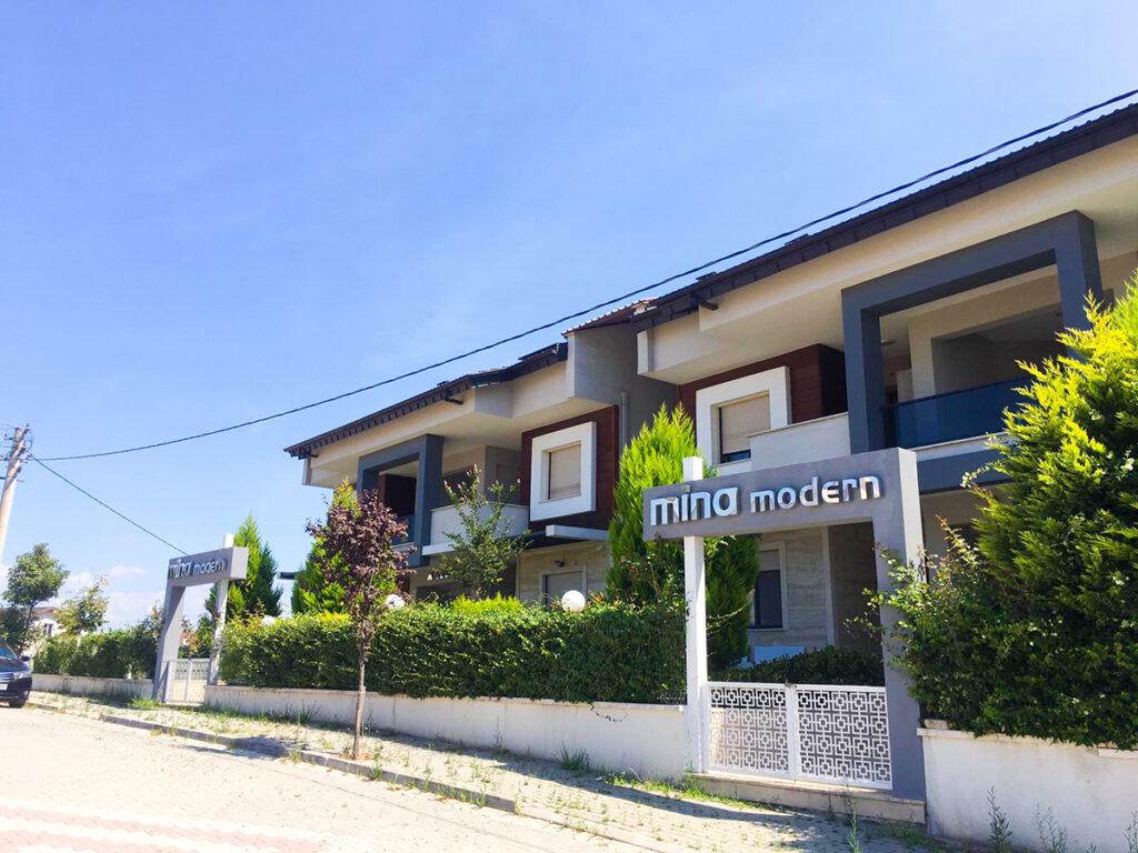 Mina Modern